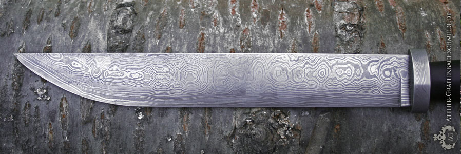 Sax-Klinge aus wildem Damast und senkrechte Damastschneidlagen